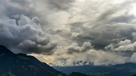 Stormy_Alps_Clouds